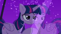 Twilight looks through the window feeling guilt S5E12