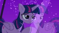 Twilight looks through the window feeling guilt S5E12
