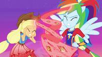 Memories return to AJ and Rainbow Dash EGFF