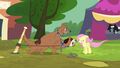 Orthros barking at Fluttershy S4E22.png