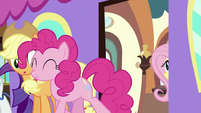Pinkie walking out from train S2E25