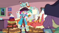 Pirate Pinkie offering cookie to Lily Pad EGDS3