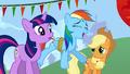 Rainbow laugh blow S01E13.png