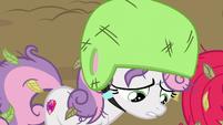 Sweetie Belle --it's hard to speak up to older ponies-- S6E14
