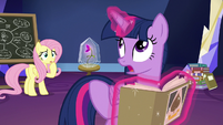 "Twilight ""you could take the wrong train"" S9E22"