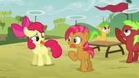 Apple Bloom and Babs sticking their tongues out S3E08