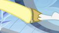 Bulk Biceps gives Fluttershy horseshoe baton S4E24.png
