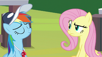 Fluttershy raises her eyebrow at Rainbow S9E15