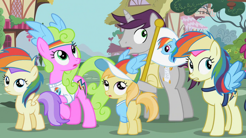 Ponies gasp at the scream S02E08