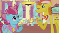 Ponies talking S4E19.png
