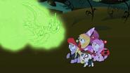 S02E04 Wizja Nightmare Moon rozgląda się