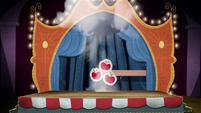 Smoke reveals cutout of Applejack's cutie mark BFHHS4
