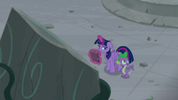 "Spike ""finding a whole set of ancient ruins"" S7E25"
