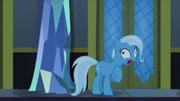 Trixie gasping for breath S6E25