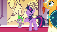 Twilight Sparkle -I just happen to be an expert- S7E25