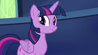 Twilight Sparkle looking at Fluttershy S7E14