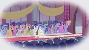 1000px-Rarity wedding S01E03