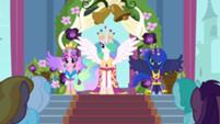 201px-Celestia, Luna, and Cadance in coronation attire S03E13