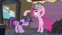 Pinkie Pie switching hats S2E24