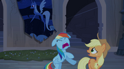 "Rainbow Dash and Applejack ""run!"" S4E03"