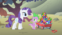 Rarity with outfits S1E19