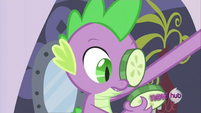 Spike looking at the cucumber S2E23