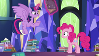 Twilight Sparkle continues her explanation S7E25