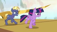 Twilight and Star Tracker gallop to the barrel rides S7E22