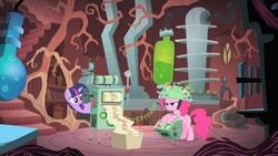 Twilight tries to measure Pinkie's predictions S1E15