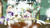 Yona sneezes flour all over the kitchen S9E7
