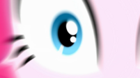 Zoom in on Pinkie Pie's right eye SS10
