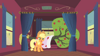 Applejack and Bloomberg S1E21