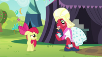 Orchard Blossom -wear something more casual- S5E17
