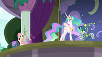 Princess Celestia waving at Fluttershy S8E7