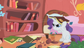 Rarity cleaning S01E08.png