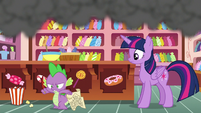 Spike angrily jumps off the kitchen counter S6E22