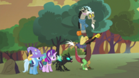 Thorax --I've been trying to tell you-- S6E26