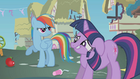 Twilight's spell backfires S1E10