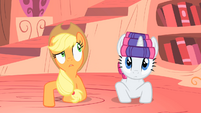 Applejack making a bizarre guess S1E08