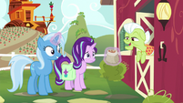 "Granny Smith ""them nuts sure do smell good"" S7E2"