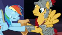 Rainbow Dash giving Netitus to Flash Magnus S7E26