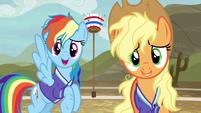 Rainbow Dash out of breath --no, thanks-- S6E18