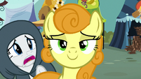 Rarity trying to get Golden Harvest's attention S7E19