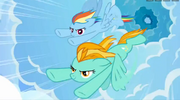 S03E07 Lightning Dust i Rainbow Dash