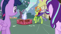 Thorax prancing excitedly near the flames S7E15