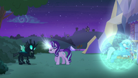 Thorax thinking of a response S6E25