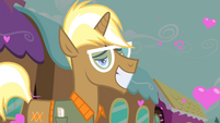 Trenderhoof with hearts around him S4E13