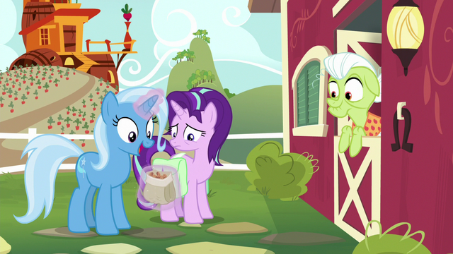 "File:Trixie ""they'd go so well with cinnamon nuts!"" S7E2.png"