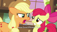 Applejack -there is a long-standing feud- S7E13