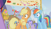 Applejack and Rainbow Dash surprised S01E13